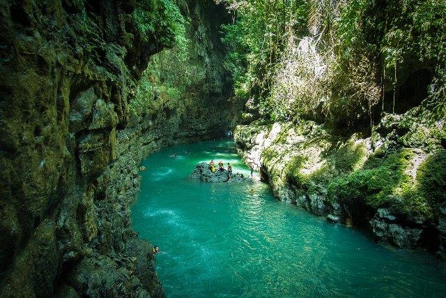 Green Canyon adalah salah satu objek wisata yang sangat menakjubkan