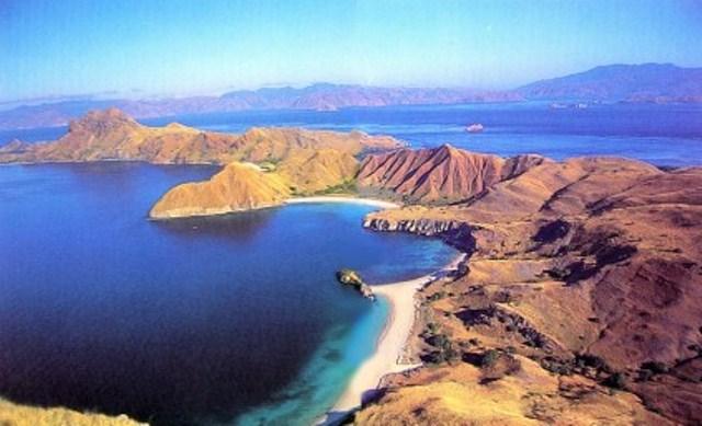 Objek wisata pulau komodo
