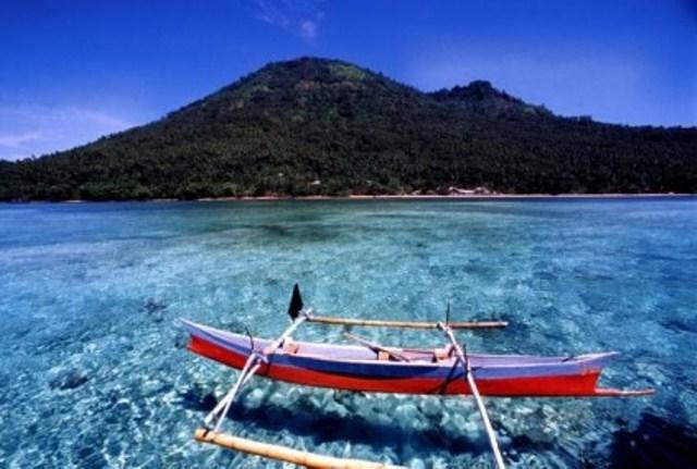 7 Tempat Wisata Terindah Di Indonesia Objek Wisata Taman Nasional Bunaken ini terletak di Sulawesi Utara