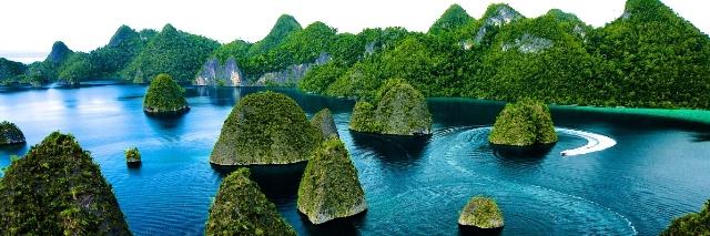 Salah Satu Dari  Objek Wisata Menakjubkan Di Negara Indonesia Raja Ampat Papua