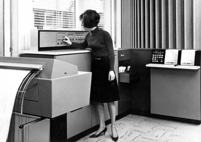 materi tentang Berikut Sejarah Komputer Dari Generasi pertama sampai generasi sekarang