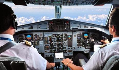 Peranan Manfaat Teknologi Informasi TIK Di Bidang Transportasi udara, darat dan laut kwan
