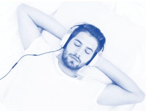berikut Ini Cara Menggunakan Headset Bluetooth Untuk Mendengarkan Musik